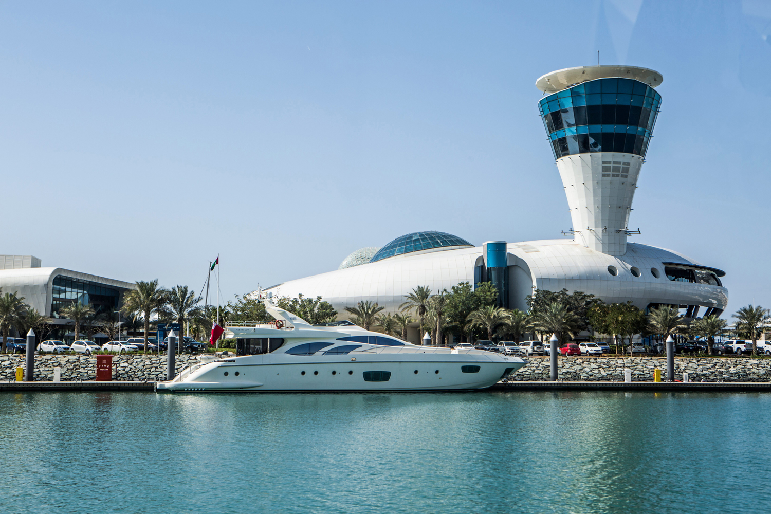 Where to hire a boat or yacht in Abu Dhabi