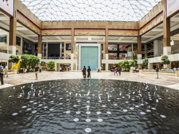 Fight plastic pollution with this Yas Mall campaign