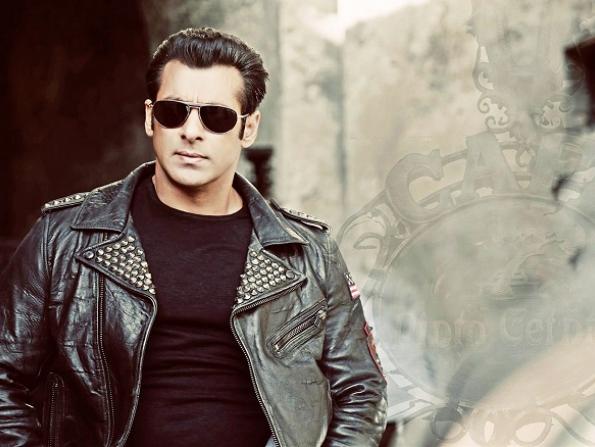 Bollywood star Salman Khan returns to Abu Dhabi