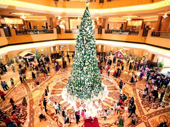 Emirates Palace reveals details of awe-inspiring Christmas tree switch-on