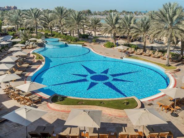 Tastes of the Capital: Radisson Blu Hotel & Resort Abu Dhabi Corniche - Stay & Dine