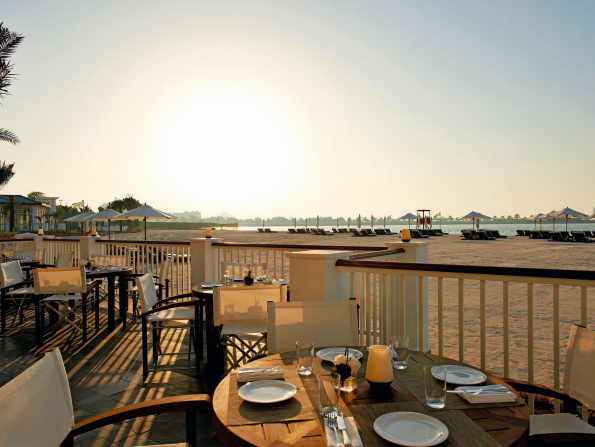 The ultimate guide to beach bars in Abu Dhabi 2019