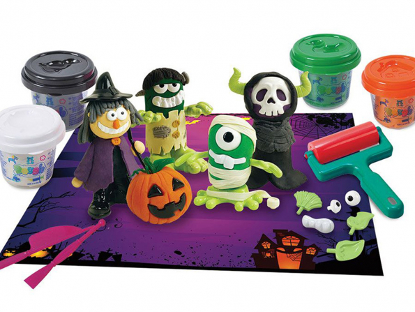 Halloween in Abu Dhabi: Games, accessories and costumes for children