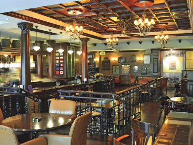 Abu Dhabi's top ten bars for a cosy Christmas catch-up