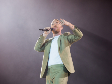 In pictures: Sam Smith at the Abu Dhabi F1 Grand Prix