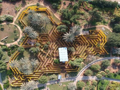 World's largest mobile maze opens in Abu Dhabi