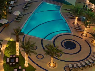 Grab weekday pool passes for Dhs40 at Le Royal Méridien Abu Dhabi