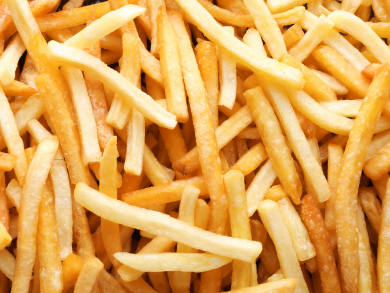 An Abu Dhabi sports bar is offering free unlimited fries while you drink