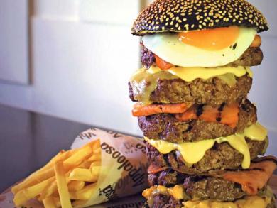 Can you handle Abu Dhabi's massive Burj Khalifa burger?