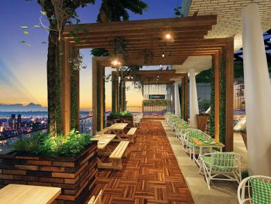 Brick Rooftop Kitchen & Bar launches at Aloft Abu Dhabi