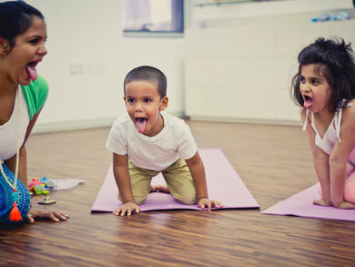 Families in Abu Dhabi can take part in virtual yoga sessions for free