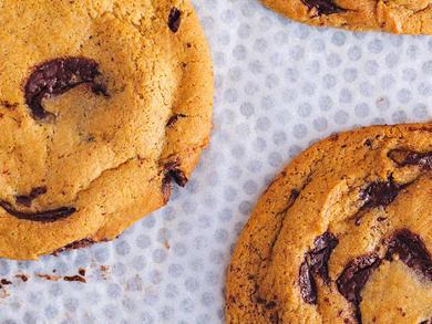 Recipe: Pret A Manger's dark chocolate chunk cookies