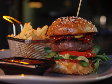 Abu Dhabi's Hemmingways launches burger and Dhs10 pint deal