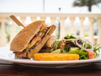 Saadiyat Beach Golf Club launches drink and food offers