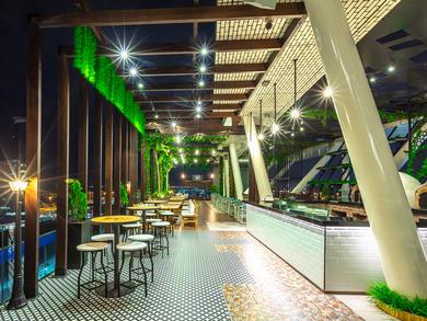 Brick Rooftop Bar in Abu Dhabi announces sundowner brunch deal