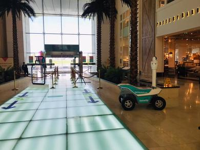 Yas Mall Abu Dhabi introduces roaming security robots