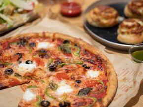 Blaze-Pizza1.jpg
